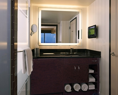 vegas 1 bedroom suite bathroom elara las vegas 1 bedroom suite bedroom
